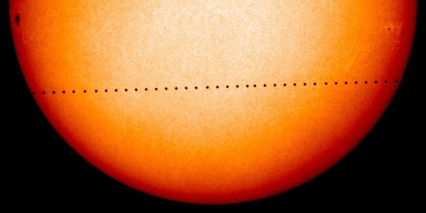Mercury-transit-Nov8-2006-SOHO-NASA